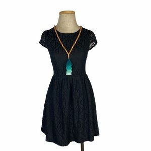 Everly Black Lace Dress high waist, Size Medium